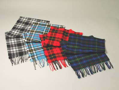 Scottish Wool Scarves!! The perfect way top show off your style and add a splash of colour to your outfit this winter!
