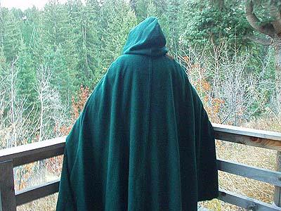 medieval_cloak_wool_05.jpg